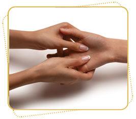 Шаг 4. Увлажнение и массаж