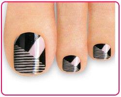 Покрытие ногтей на ногах