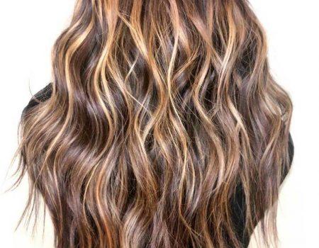 Мелирование на каштановые волосы 2020 в салоне