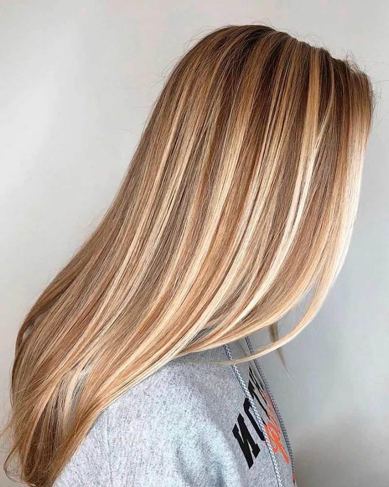 Мелирование на русые волосы прямые в салоне красоты Wella Элиза