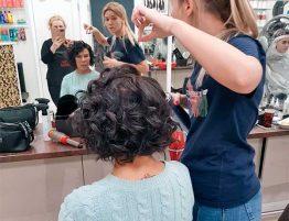 Укладка волос коротких в салоне