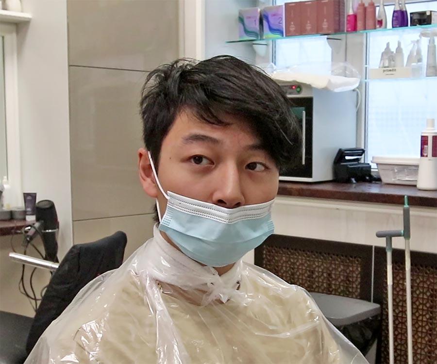 Мужчина до биозавивки волос