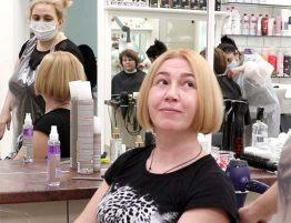 Модное окрашивание на средние волосы и стрижка 2021